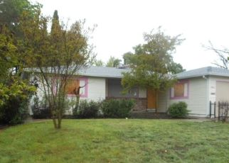 Foreclosed Home in Sacramento 95822 29TH ST - Property ID: 4310118915