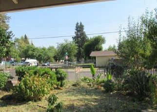 Foreclosed Home in Sacramento 95815 ACACIA AVE - Property ID: 4310121532