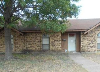 Foreclosed Home in Garland 75044 PINEWOOD DR - Property ID: 4310125922