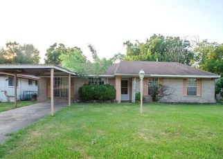 Foreclosed Home in Houston 77088 TALL WILLOW DR - Property ID: 4310134225