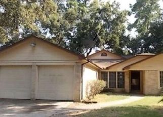 Foreclosed Home in Houston 77015 ELLESMERE DR - Property ID: 4310139487