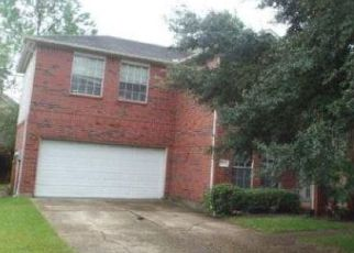 Foreclosed Home in Houston 77083 MISSION BELL DR - Property ID: 4310140360