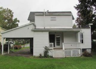 Foreclosed Home in Norwich 13815 PLEASANT ST - Property ID: 4310187220