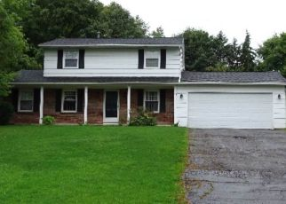 Foreclosed Home in Fairport 14450 DUNMOW CRES - Property ID: 4310223583