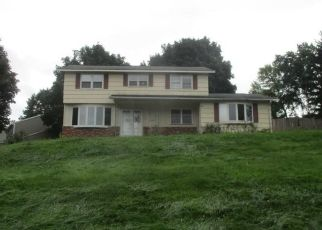 Foreclosed Home in Camillus 13031 SOUTHWEST WAY - Property ID: 4310304606