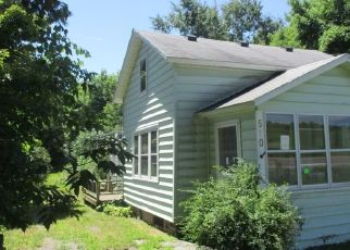 Foreclosed Home in Baldwinsville 13027 LAMSON RD - Property ID: 4310310291