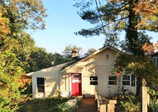 Foreclosed Home in Lake Peekskill 10537 PLEASANT RD - Property ID: 4310374686