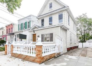 Foreclosed Home in Woodhaven 11421 89TH AVE - Property ID: 4310377304