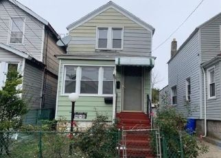 Foreclosed Home in Jamaica 11436 SUTTER AVE - Property ID: 4310382566