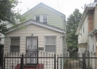 Foreclosed Home in Jamaica 11434 135TH AVE - Property ID: 4310383441