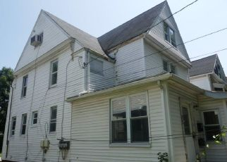 Foreclosed Home in Mount Vernon 10550 S 5TH AVE - Property ID: 4310477160