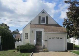 Foreclosed Home in Yonkers 10704 ONONDAGA ST - Property ID: 4310484164