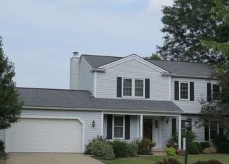 Foreclosed Home in North Royalton 44133 MARINER DR - Property ID: 4310512198