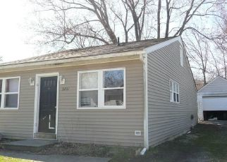 Foreclosed Home in Vermilion 44089 LORAIN DR - Property ID: 4310540230