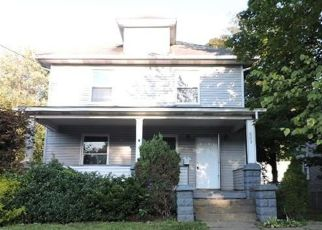 Foreclosed Home in Kent 44240 S WATER ST - Property ID: 4310570452