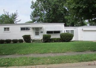 Foreclosed Home in Akron 44306 TRIPLETT BLVD - Property ID: 4310583147