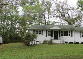 Foreclosed Home in Upper Marlboro 20774 LEELAND RD - Property ID: 4310770162