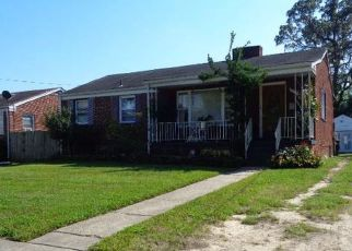 Foreclosed Home in Hyattsville 20783 DREXEL ST - Property ID: 4310793830
