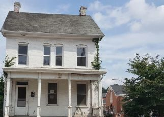 Foreclosed Home in Hagerstown 21740 FAIRGROUND AVE - Property ID: 4310809593