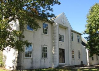 Foreclosed Home in Sewell 08080 ORCHARDVIEW DR - Property ID: 4311029453