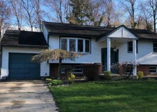 Foreclosed Home in Woodbury Heights 08097 PARK AVE - Property ID: 4311040848