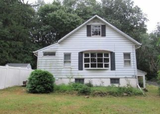 Foreclosed Home in Lake Hopatcong 07849 YACHT CLUB DR - Property ID: 4311127108