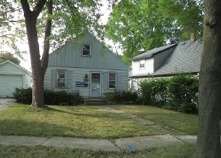 Foreclosed Home in Milwaukee 53219 W MONTROSE AVE - Property ID: 4311244948