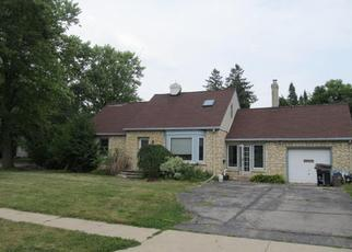 Foreclosed Home in Mukwonago 53149 DIVISION ST - Property ID: 4311248881