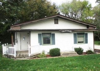 Foreclosed Home in Genoa City 53128 JUNEAU RD - Property ID: 4311251503