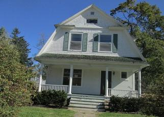 Foreclosed Home in Walworth 53184 WOOD ST - Property ID: 4311253253