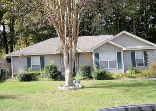 Foreclosed Home in Memphis 38127 SCHOOLFIELD CV - Property ID: 4311273398