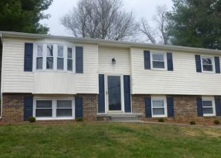 Foreclosed Home in Johnson City 37615 OLD GRAY STATION RD - Property ID: 4311279985