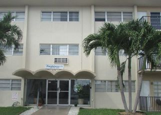 Foreclosed Home in Miami 33162 NE 169TH ST - Property ID: 4311381136