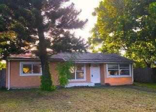 Foreclosed Home in Saint Petersburg 33702 MEADOWLAWN DR N - Property ID: 4311532689