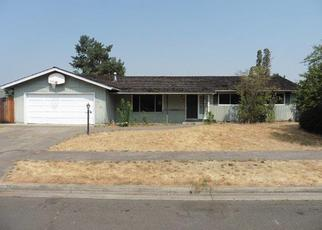 Foreclosed Home in Medford 97504 YUKON AVE - Property ID: 4311565532
