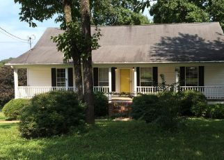 Foreclosed Home in Ringgold 30736 CASTLEVIEW DR - Property ID: 4311603639