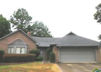 Foreclosed Home in Tyler 75703 HOLLYTREE PL - Property ID: 4311656183