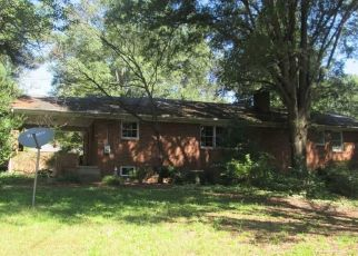 Foreclosed Home in Lexington 27295 ENTERPRISE RD - Property ID: 4311684665