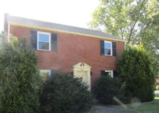 Foreclosed Home in Uniontown 15401 DERRICK AVE - Property ID: 4311690351