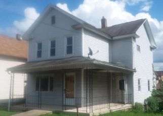 Foreclosed Home in Nanticoke 18634 W GREEN ST - Property ID: 4311712245