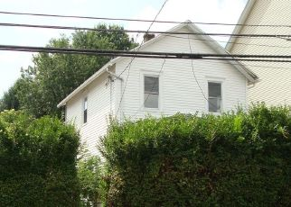 Foreclosed Home in Nanticoke 18634 S HANOVER ST - Property ID: 4311713572