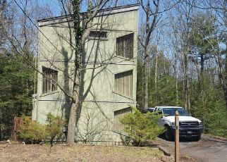 Foreclosed Home in Drums 18222 EDGE ROCK DR - Property ID: 4311716183
