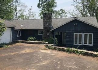 Foreclosed Home in Brookfield 06804 MOUNTAIN VIEW DR - Property ID: 4311810804