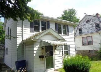 Foreclosed Home in Waterbury 06710 BONAIR AVE - Property ID: 4311840582