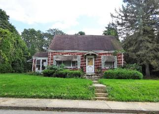 Foreclosed Home in Emmaus 18049 W MINOR ST - Property ID: 4311875619