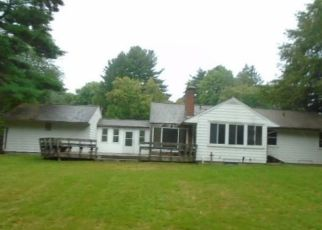 Foreclosed Home in Bloomfield 06002 TUNXIS AVE - Property ID: 4311901907