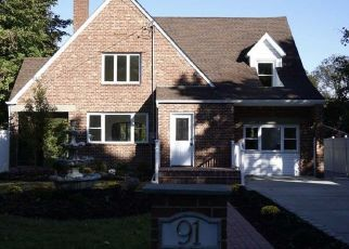 Foreclosed Home in Islip Terrace 11752 FISCHER AVE - Property ID: 4311992562