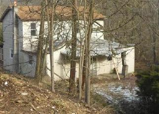 Foreclosed Home in Oakdale 15071 DUTCH HILL RD - Property ID: 4312008321