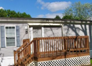 Foreclosed Home in York 17406 1ST ST - Property ID: 4312023208