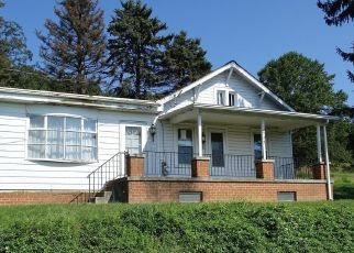 Foreclosed Home in Spring Grove 17362 ZEIGLERS CHURCH RD - Property ID: 4312024529